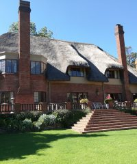 The Bend Country House