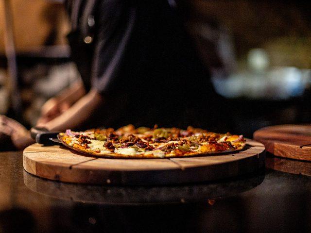 Artisan Pizzeria